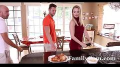 Father In Law on Thanksgiving - FamilyCum.com