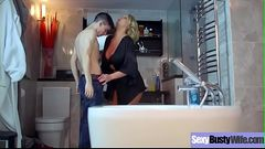 Sex Tape With Gorgeous Busty Hot Housewife (Leigh Darby) video-12